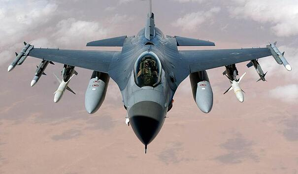 F-16-Fighter-Jet-1